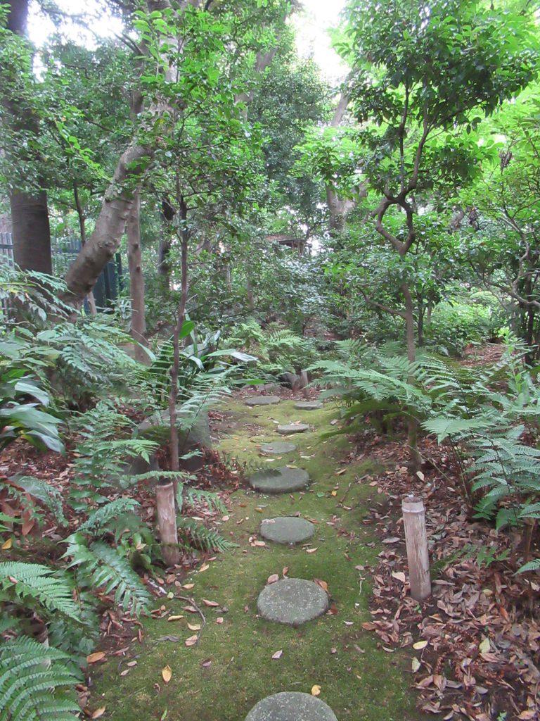 Copijn Japanse Tuin Nederlandse Ambassade Tokio stenen pad